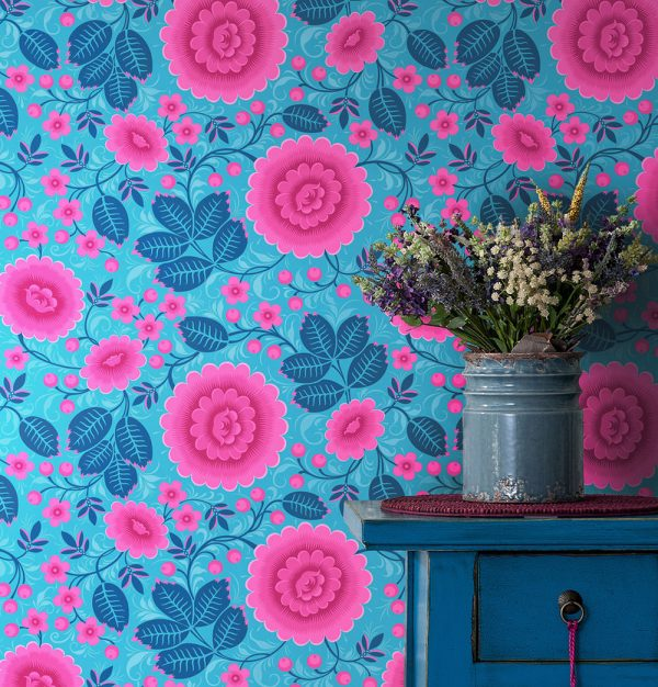 Bold Wallpaper. Pink and Blue Floral wallpaper.